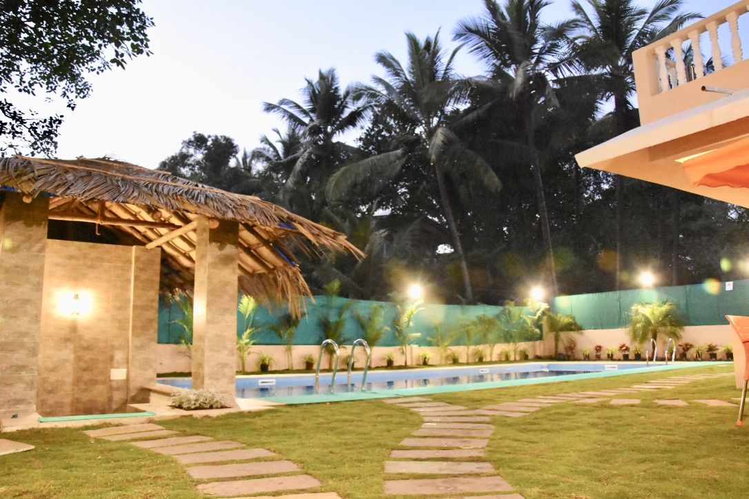 luxury goa villas