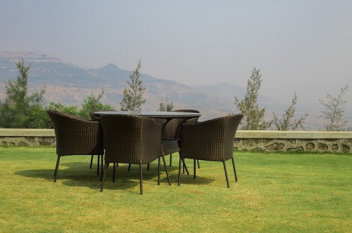Bungalow with swimming Pool in Lonavala